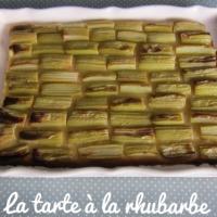 La tarte à la rhubarbe {Les petits plats du lundi}